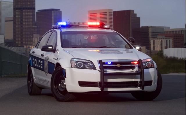 2011-chevrolet-caprice-police-car_100230107_m