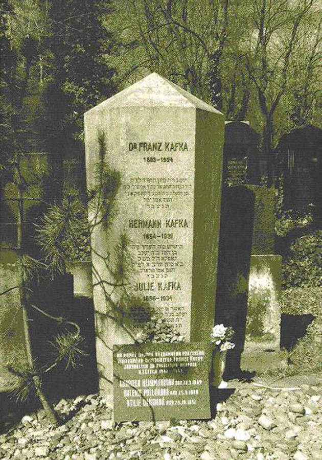 kafka-photo-grave-300dpi-4c5c1958