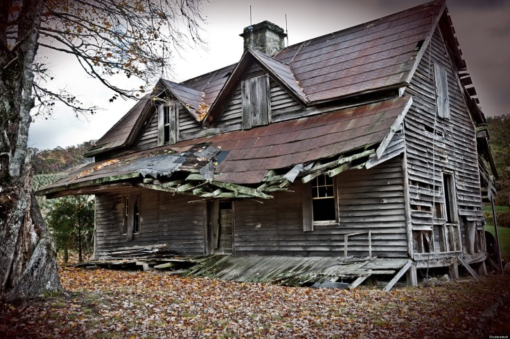 o-haunted-houses-towns-facebook