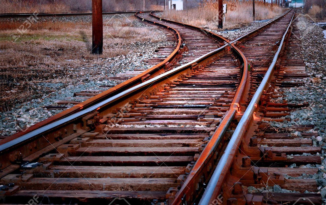 11458140-railroad-track-switch-stock-photo-railway-tracks-train