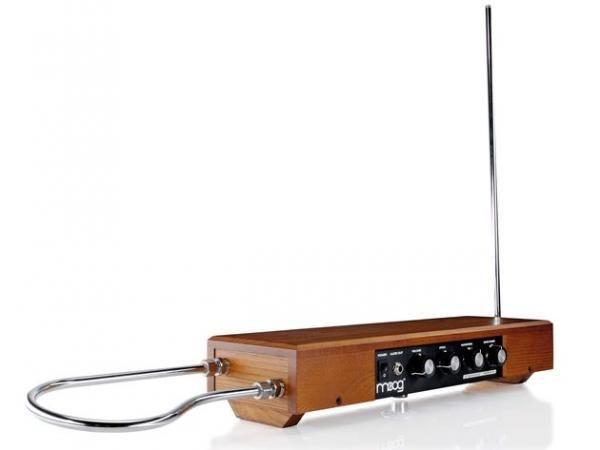 theremin-moog20-20moderno