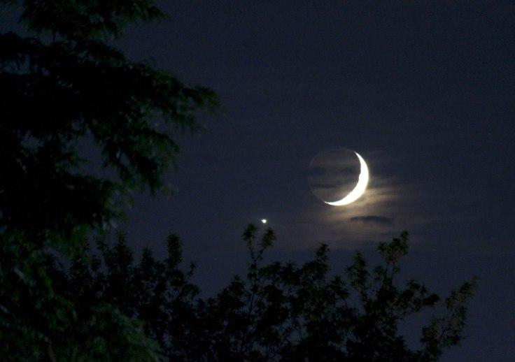 2425_337_moon_venus_1200-1